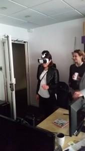 Viviane test la réalité augmentée de DayDreamer