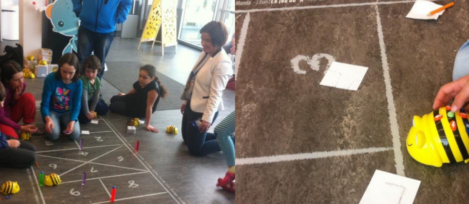 Activité de robotique pédagogique à la bibliothèque Monique Corriveau pendant la journée 'Éducation et Numérique' organisée par Québec Numérique et la ville de Québec.